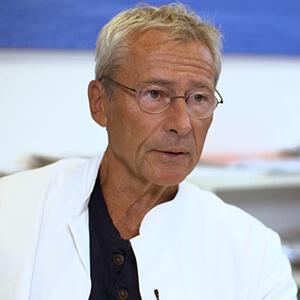 Dr. Claus Köhnlein, MD